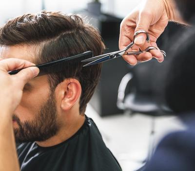 Salon de coiffure Homme : dans les tendances !